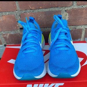 Nike Epic React Flyknit.Sz:6.5y (39)